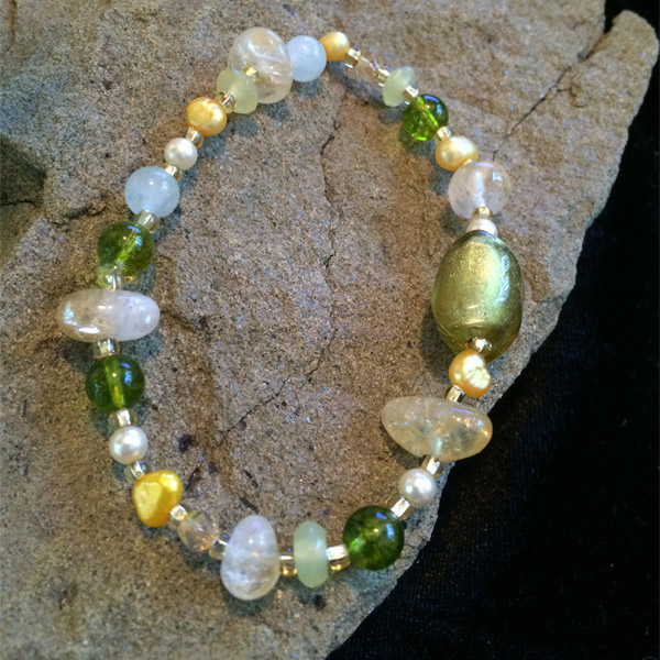 Multicolor gemstone stretch bracelet.