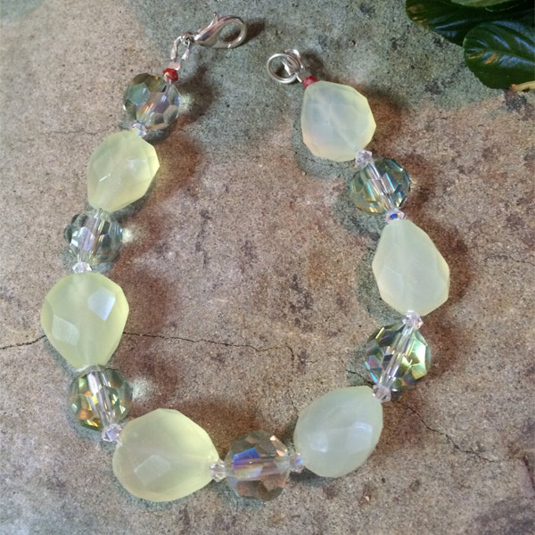 Green chalcedony gemstone with green transparent chinese crystal bracelet