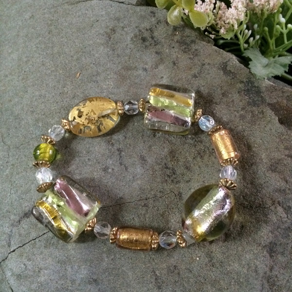 Gold / green / pink Murano glass stretch bracelet