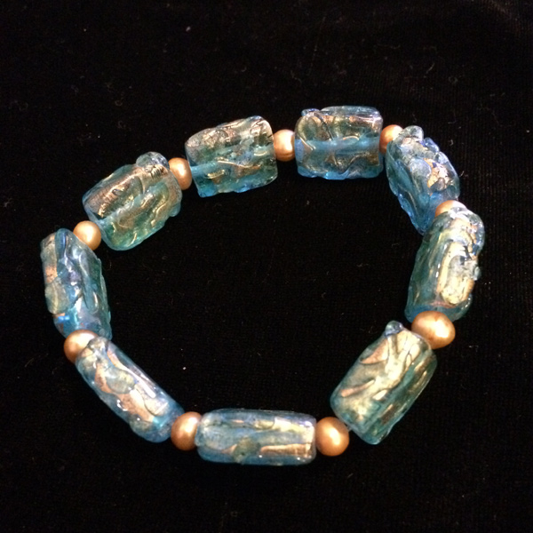 Blue / gold rectangle glass stretch bracelet with gold dyed fresh water pearls