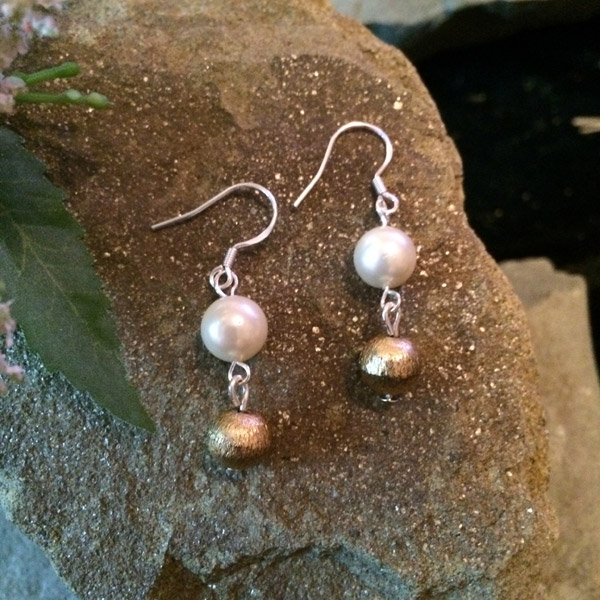 Cultured salt water pearl with gold fill round bead earrings