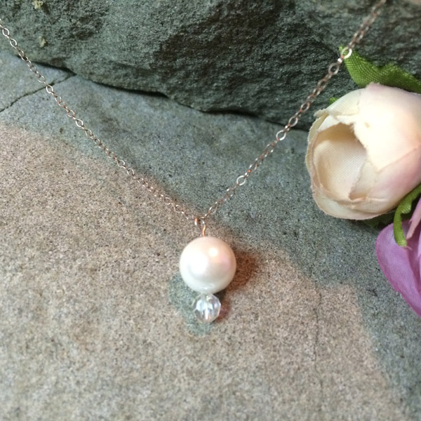 Pearl with Swarovski Crystal pendant beads necklace