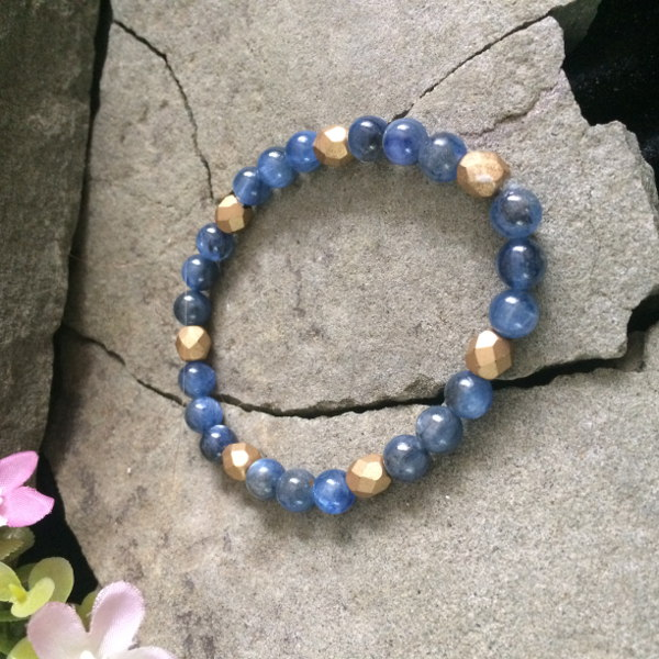 Lapis Lazuli gemstone and gold Czech glass stretch bracelet